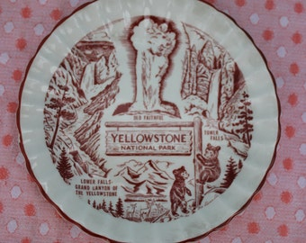 Vintage Yellowstone National Park Plate - Souvenir, Old Faithful