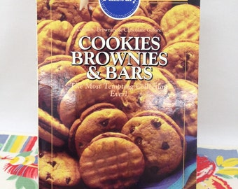 Pillsbury Cookies Brownies and Bars 1993 - Paperback