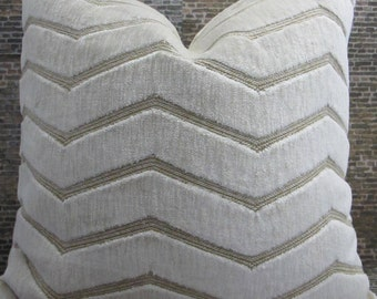 3BMod Pillow Cover - Lumbar - Kravet Couture Plush Blac Ivory