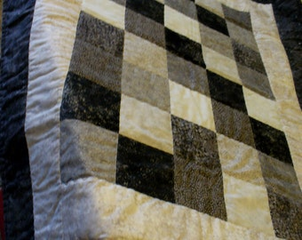 Black and Silver Lap Quilt