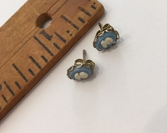 1970's Cameo Earrings Blue and White
