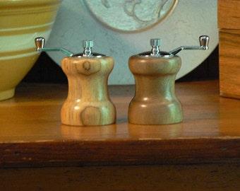 Handmade Wooden Salt and Pepper Grinders - Handmade Wooden Salt and Pepper Mills – Wood and Ceramic Grinder-Wood and Ceramic Mills-SPM302