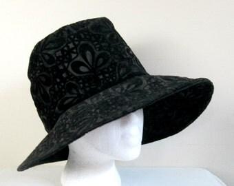 1960s Boho Black Velveteen Floppy Hat / Rare Hippie Chapeaux