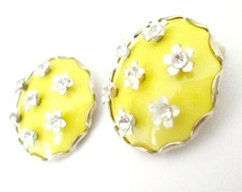Yellow Enamel Rhinestone Button Earrings 1940s 1950s Accessory Jewelry
