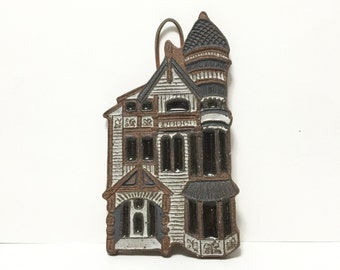 Victoria Littlejohn Ceramic Victorian House Wall Plaque Trivet