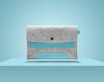 "10%DISCOUNT iPad Mini 2. 7,9"" / iPad Mini 4. 7,9"". Blue Laguna Leather & Light Grey 100 Percent Wool Felt."