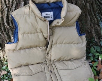 Vintage 1980s USA made Goose down 60/40 puffer vest by Woolrich - Men's Small to Medium - Women's Large - Check measurements please