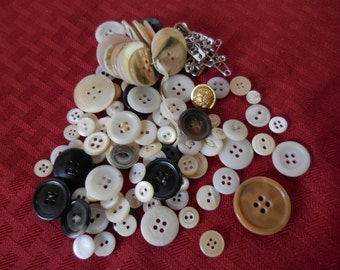 Vintage Buttons Plastic/Metal/Shell For Crafts Hooks For Clothes Crafting Lot