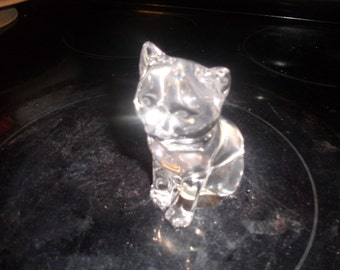 vintage princess house cat figurine kitten crystal glass paperweight