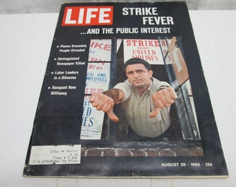 Life Magazine August 1966, Airline Strikes, Unions, United Airlines, Raquel Welch,  Coca Cola, Pepsi Cola, vintage advertising