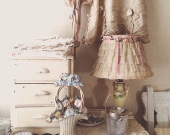Vintage Cast Iron Hubley Basket Full of Flowers Door Stop