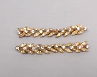 Vintage Sparkling Sweater Clip Rhinestones gold Mid-Century fashion Collar guard
