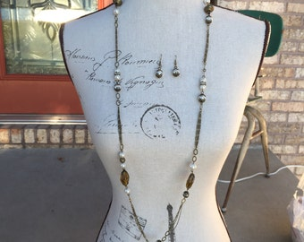 Long necklace one of a kind in antique brass beads and chain with pearls