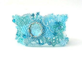 Blue bracelet, Seed bead bracelet Beaded bracelet Freeform jewelry Unique gift