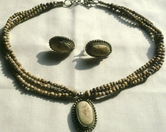 Vintage Beaded Necklace & Earrings With Large Marbled Stones