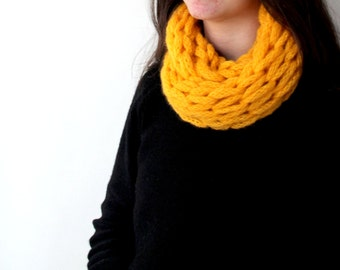 Yellow  Scarf / Mitten /  sweet  / Handmade  scarf / Valentines day / Mother's Day Gift