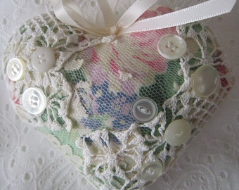 Rose and Lace Shabby Heart