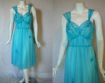 1950s Artemis Robin's egg Blue Nightgown, 36, medium large