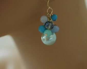 Dangle Earrings, Blue pearl and crystals Earrings, Drop earrings, Gift for her, Drop Earrings, short earrings