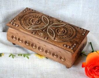 Personalized Christmas gifts Personalized wedding Personalized jewelry box Wooden ring box Jewellery box Wood carving Personalized box B22