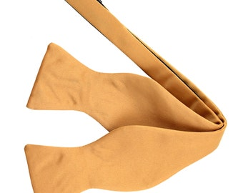 Men's Solid Gold Self-Tie Bowtie, for Formal Occasions