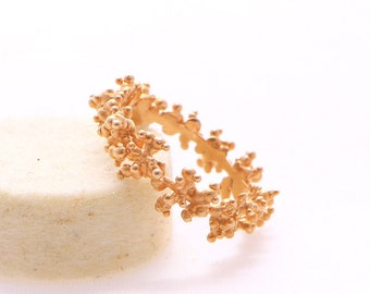 Unique gold ring Rosée design in certified fair red gold 18k fairmined gold Contemporary positive luxury jewellery  new collection goldsmith
