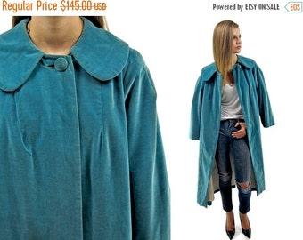On Sale - Vintage 60s Velvet Cape Coat, Mod Coat, Over Coat, 60s Opera Coat, Vintage 60s Coat Δ one size