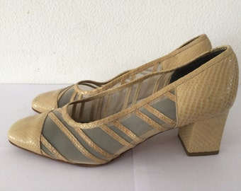 Vintage rare beige snakeskin shoes with blockheel, size EUR 39