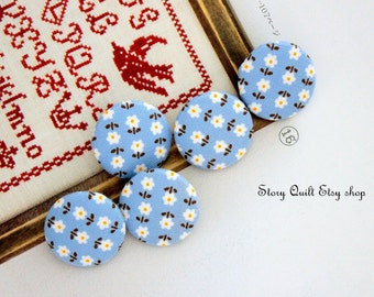 1 inch | 25 mm blue grey little white flower fabric covered buttons | handmade buttons | Japanese buttons