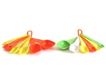 Tupperware Measuring Spoons Orange Yellow, Apple Green White