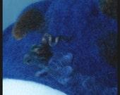 Felted beret felt  wool and Silk, blue  winter hat  warm  curls