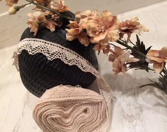 Vintage Light Ecru Cotton Lace, Vintage Lace, Vintage Sewing Supplies, Vintage Cotton Lace, Country Lace, Wedding Lace