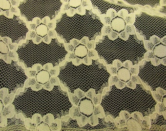 Vintage Creamy Ivory Nylon Floral Lace Fabric, Doll Clothes Fabric,Vintage Lace Material, Vintage Textiles