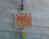 Glass fusion heart sun catcher with wire and beads