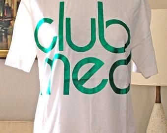 Club Med T-Shirt UNUSED 1980s Vacation Resort Souvenir Tee NOS Resort Tee T-shirt Club Med mediterrean