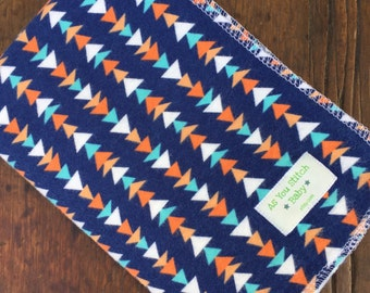 """Extra Large Flannel  Swaddle Receiving Blanket. 100% Cotton Flannel. - 40""""x40"""" Navy Triangles"""