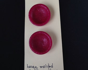 1930s set of three raspberry colored buttons