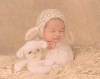 knitted new born lamb bonnet,mohair lamb bonnet