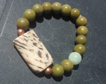 Graphic Feldspar  green Opal  green Moonstone (Lennilite) BRACELET