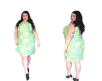 l SALE l Plus Size Vintage 1960's Green Paisley Shift Dress Size XL