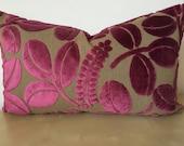 RECTANGLE / Lumber BERRY PINK -Dark magenta pink Designers Guild leaf motif raised cut velvet sham. Pink velvet on dark linen fabric.