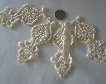 Venice Lace Embroidery Medallion Appliqués in Pastel Yellow Color.