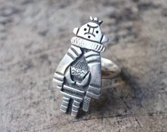 Kachina RING / Hopi Style Jewelry / Size 7 / All Sterling Oversize Ring