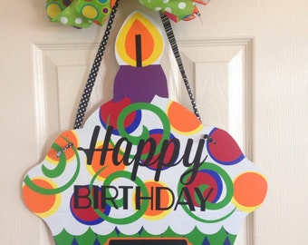 READY TO SHIP! Birthday Door Hanger, Birthday Decor, Cupcake Door Hanger