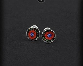 Mini Poppy Flowers - silver studs earrings - flowers graphic in resin