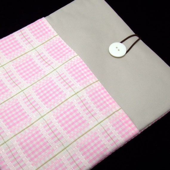SALE - iPad Air case, iPad cover, iPad sleeve with 2 pockets, PADDED - Pink and white checks (44)