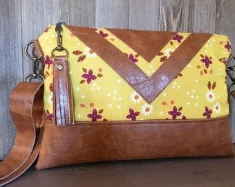 Faux Leather Hip Bag - Adjustable Strap a Messenger Bag - Modern Satchel - Crossbody Bag - Mustard Yellow - Cognac