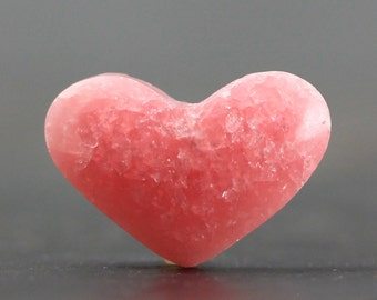 Top Drilled Heart Gemstone Flat Back Argentina Pink Rhodochroiste Cabochon Natural Gem Cabochon Stone Wire Wrapping Healing Stone (CA5000)