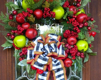 APPLE ORCHARD CHRISTMAS Wreath with Black and White Bow