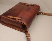 Messenger Briefcase - Light Brown